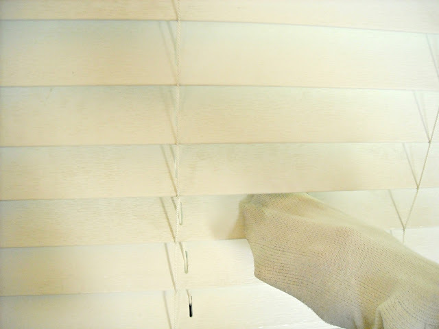 cleaning-blinds-with-vinager-3